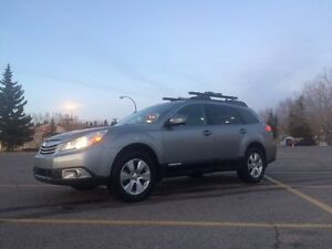 2011 Subaru Outback Limited 3.6R - Price Reduced!