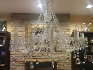 12 LIGHT CRYSTAL SWAROVSKI CHANDELIER