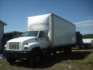 GMC 7500 CUBE BOX TRUCK'' AUTO / CAT POWER