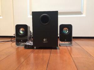 Logitech Stereo Speaker System
