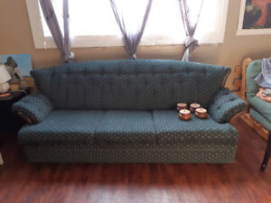 Couch - FREE - must pick up
