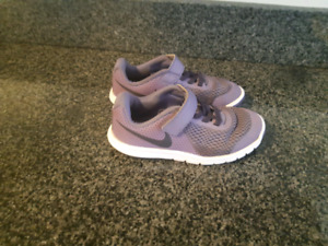 Nike size 11 youth sneakers