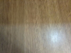 Lamenant flooring 8 mil . Good quality. Great condition.