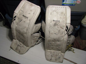 Full goalie gear for sale, used by a 5'9'' tender Peterborough Peterborough Area image 6