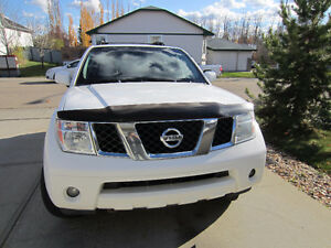 2006 Nissan Pathfinder SE Fully Loaded, Remote Start,Sunroof,4X4