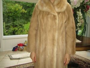 Mink Fur Coat Ladies/Manteau Fourrure Vison Cécile Emond