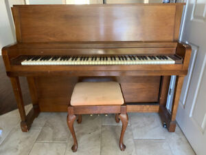 Stand Up Piano, FREE AS IS