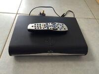 Sky HD+ box and remote