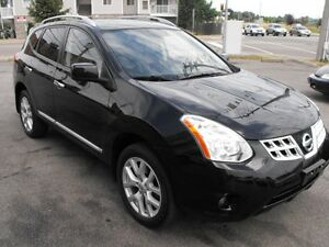REDUCED  2013 NISSAN ROUGE SL  SUNROOF  2WD  A MUST SEE  !!!