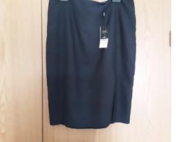 Next size 16 skirt - new