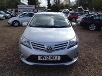 Toyota Avensis 2.0D-4D 2012MY T4