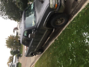 2001 Chevy 1500HD motivates to sell OBO