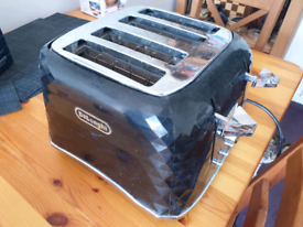 Delonghi toaster 4 slices