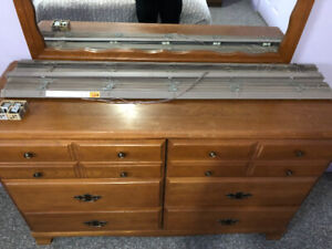 Window Blinds in Excellent Condition