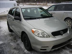 2004 Toyota Matrix Familiale