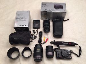 Panasonic LUMIX DMC-GF2 Camera package