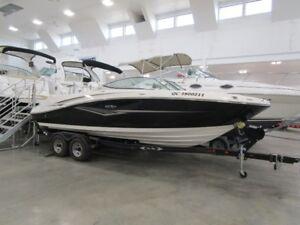 Bateau Sea Ray 230 SLX 2012