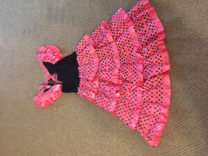 Spanish girl dress size 7/8 years old