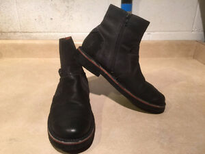 Men's Josef Seibel Leather Zipper Boots Size 9 London Ontario image 7