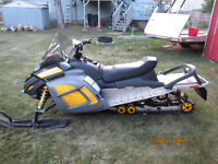 2009 Ski Doo Back Country Freestyle 550F