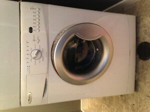Apartment size Whirlpool wash machine