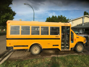 2004 Ford F-450 Bus Other
