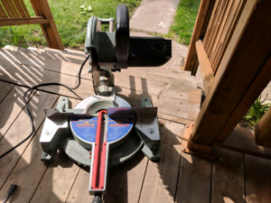 Sliding Compound Miter Saw (King Canada)