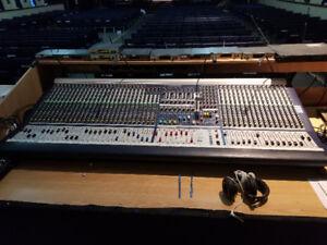 Soundcraft MH2 48+8 Channel Soundboard - Working Great
