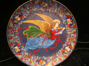 """Collector Plate   """"SONG OF JOY""""  by Peggy Lee Toole"""