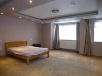 ***High spec very large double bedroom en suite available in Osterley***