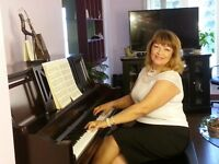 Piano, Vocal, Theory with Experienced Teacher /905-609-4651
