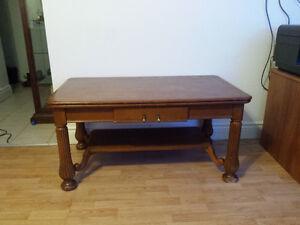 Solid 1/4 cut oak coffee table