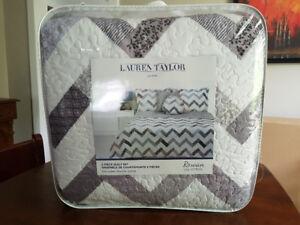 Brand New Lauren Taylor Full-Queen 5-Piece Quilt Set