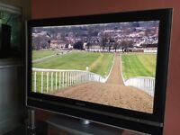 "SONY BRAVIA 32"" HD LCD TV"