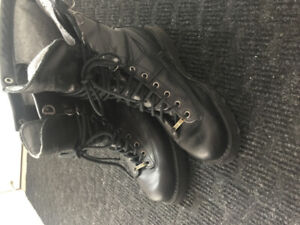 Lightly Used Danner Fort Lewis Boots