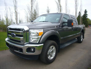 2012 Ford F-250 XLT FX4 SUPER DUTY Pickup CLEAN CARFAX.ONE OWNER