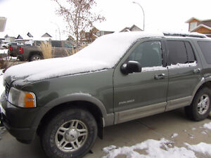 2003 Ford Explorer xlt SUV, Crossover parting out