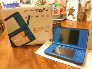 Nintendo DSi XL blue  Kitchener / Waterloo Kitchener Area image 1