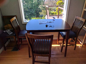 Table with 4 chairs, set