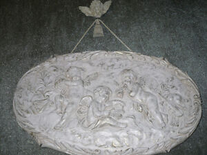 Shabby Chic Wooden hanging picture of CHERUBS