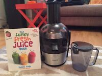 Philips Juicer in mint condition with Juice Book