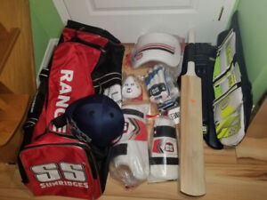Cricket Bat | Buy or Sell Other Sport Equipment in Toronto