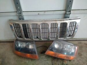 Jeep Grand Cherokee WJ Headlamp Assemblies and Grille