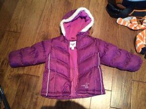 Oshkosh almost new winter coat size 5
