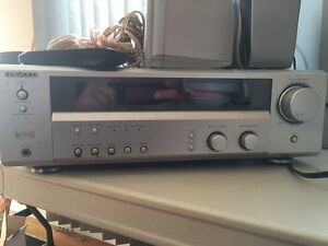 Kenwood 6 speaker surround with sub