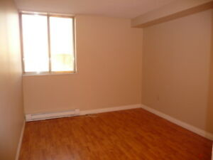 BEAUTIFUL 1 BEDROOM APARTMENT  AVAILABLE IN TRENTON