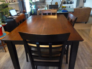 Solid Hardwood Dining table and 6 cushioned chairs