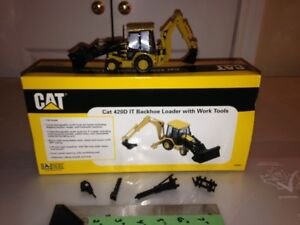 1:50 Scale Diecast Caterpillar Model by Norscot
