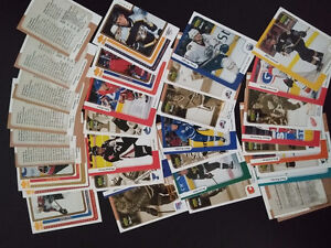 Lot de 34x cartes de hockey  McDonald UD rétro 99-00.