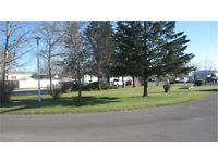 Calgary's Best Mobile Home Park, low Lot Fee $465/month!!